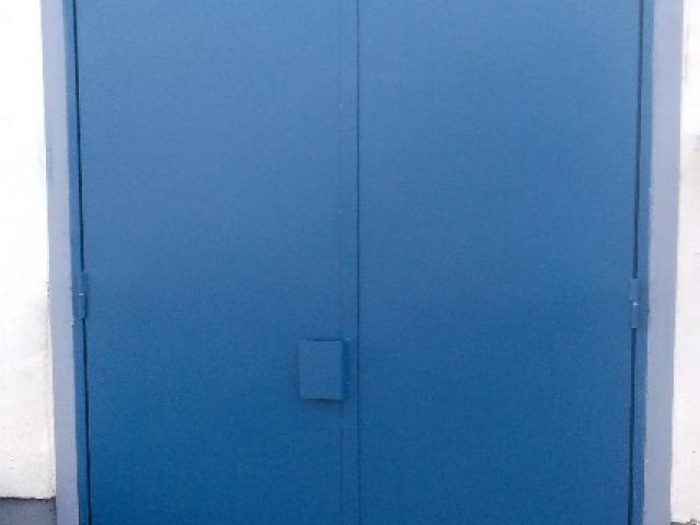 Porte tôlée industrielle